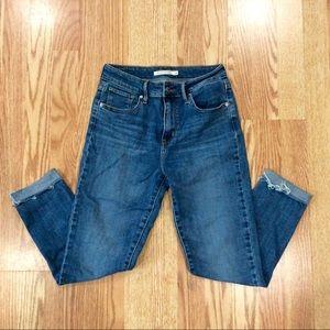 Levi 721 High Rise Jeans